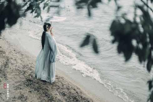 曾经沧海难为水,除却巫山不是云。